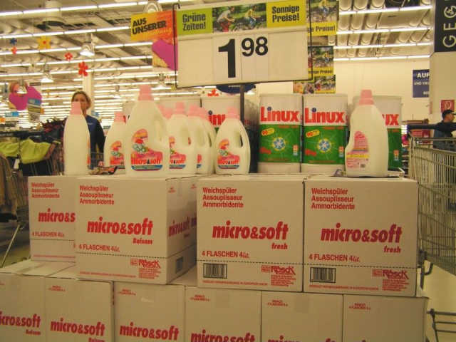 MSlinux - Novo Produto da Microsoft Linux - 100% de garantia de eficiência e limpeza