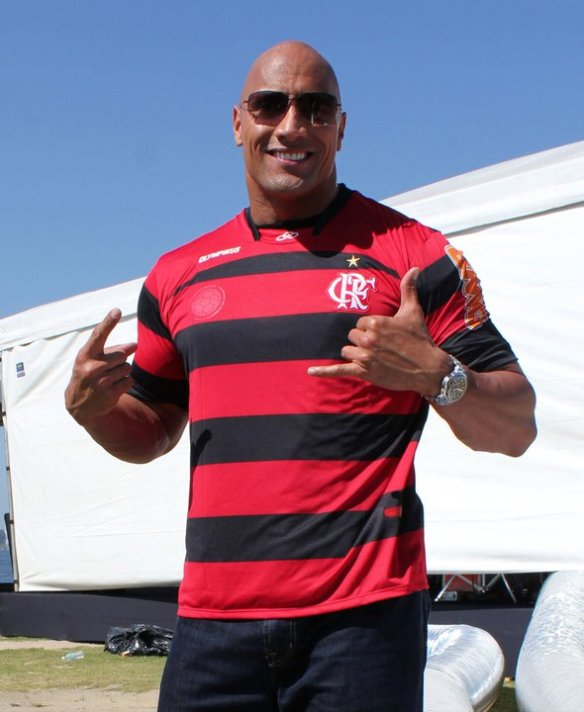 The Rock com Camisa do Flamengo