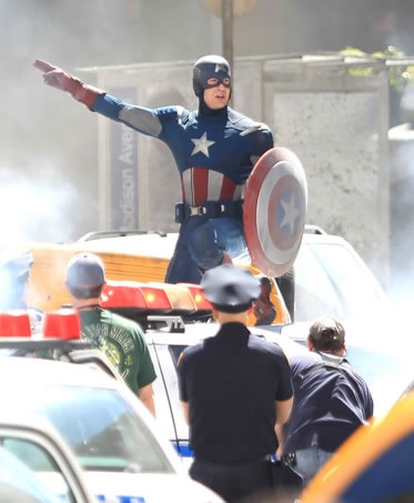 The Avengers - Foto do Set - Capitão America (Captain America)