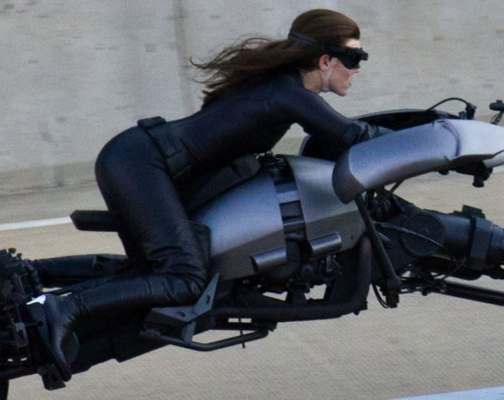 The Dark Knight Rises - Fotos do Set - Mulher-Gato Tunada em Pittsburgh