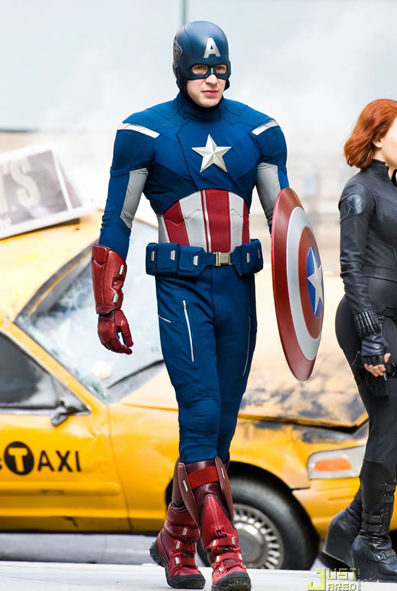 The Avengers (Os Vingadores) - Fotos do Set - Capitão América (Captain America) em Nova York