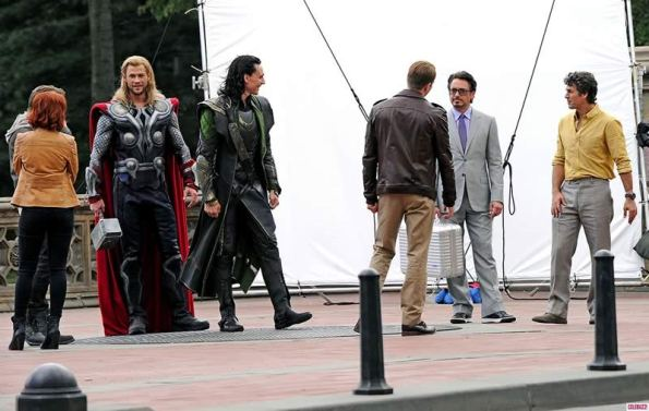 The Avengers (Os Vingadores) - Fotos do Set - Elenco Reunido 01
