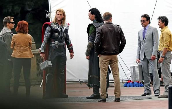 The Avengers (Os Vingadores) - Fotos do Set - Elenco Reunido 03