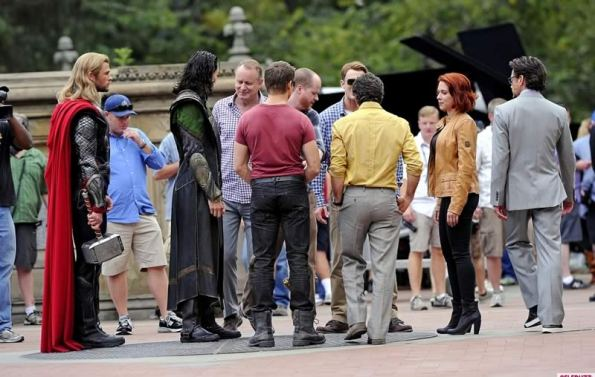 The Avengers (Os Vingadores) - Fotos do Set - Elenco Reunido 04