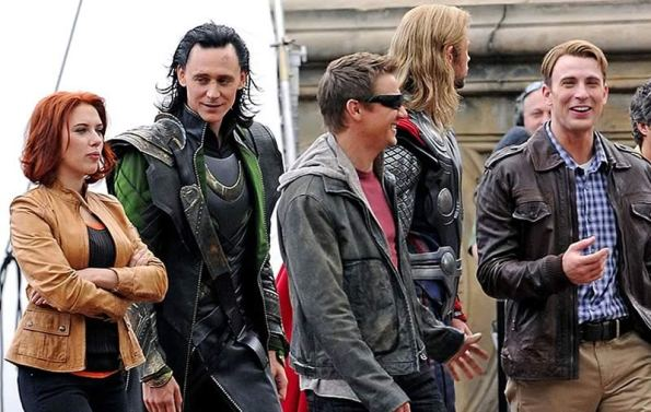The Avengers (Os Vingadores) - Fotos do Set - Elenco Reunido 06