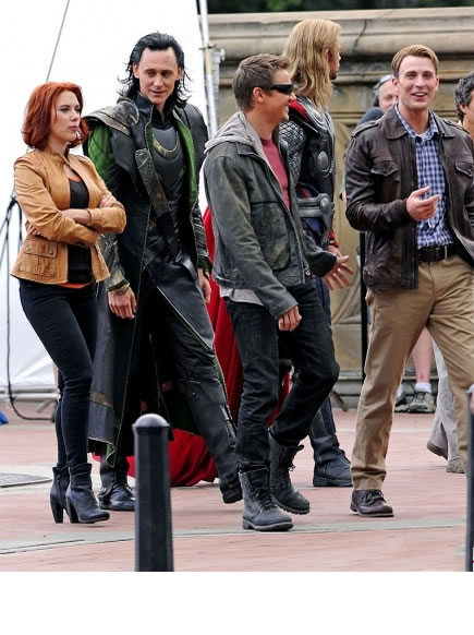 The Avengers (Os Vingadores) - Fotos do Set - Elenco Reunido 08