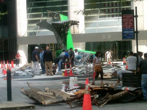 The Avengers (Os Vingadores) - Fotos do Set - Nave Misteriosa 02