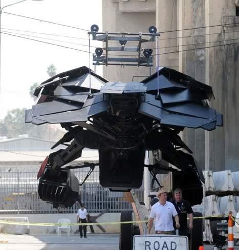 The Dark Knight Rises - Set - Los Angeles - Batwing 01