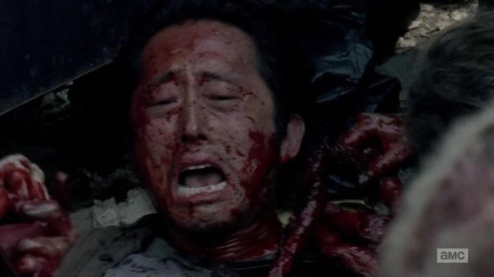 Glenn morto pelos zumbis (The Walking Dead - S06E03)