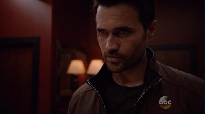 Ward Vs. Agentes da Hidra (Marvel´s Agents of Shield - S03E08)