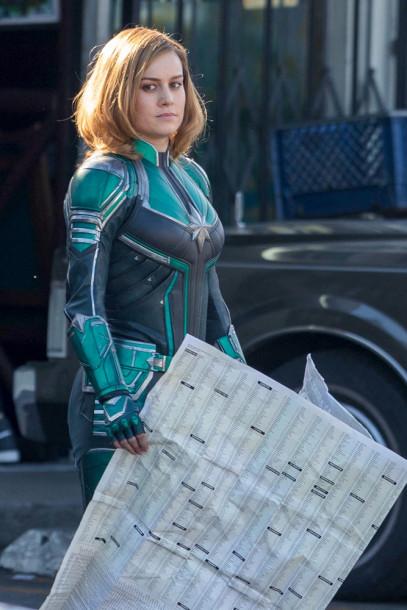 Brie Larson - Capitã Marvel - Uniforme Verde 02