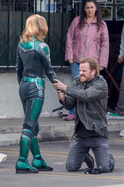 Brie Larson - Capitã Marvel - Uniforme Verde 05