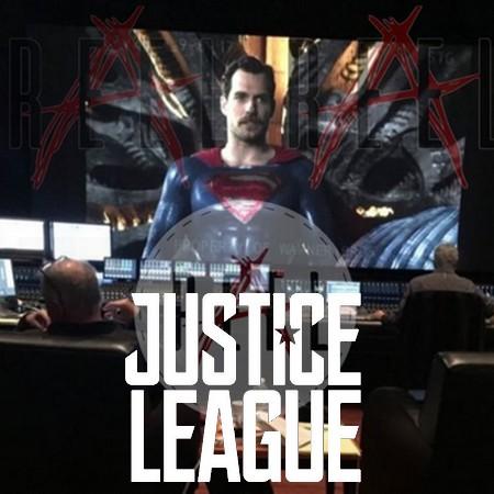 Primeira foto oficial do Superman com bigode em Liga da Justiça